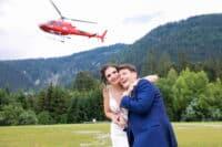 Hochzeitsfotograf Salzburg zum Winterstellgut mit Helicopter
