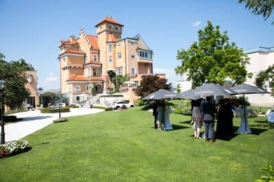 Hochzeitsfotograf Salzburg Empfang im Schloss Mönchstein